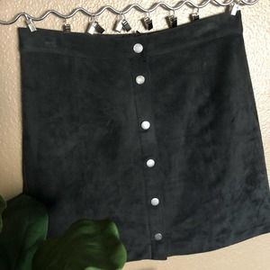 H&M Black Suede High Waisted Skirt Size 6